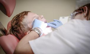 Кардиологи: детский кариес повышает риск атеросклероза