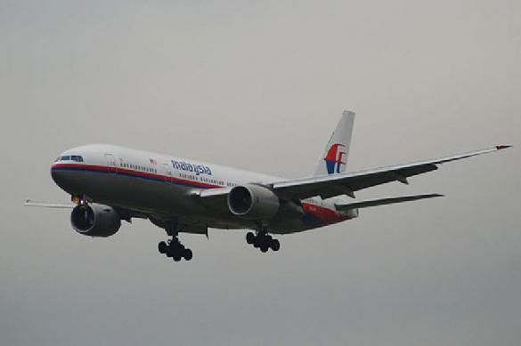 "Пилот малайзийского ""Боинга"" мог сам уничтожить самолет"
