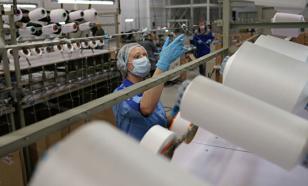 В Иран отправили три партии ткани для изготовления масок