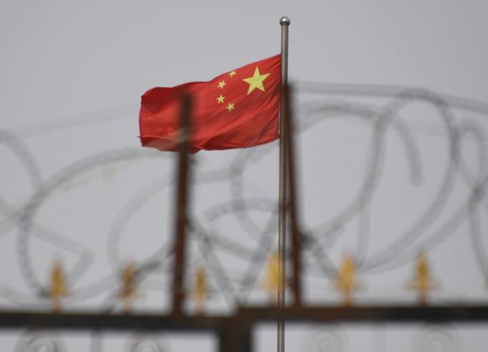 Китай возводит военные лагеря вдоль границ с Индией