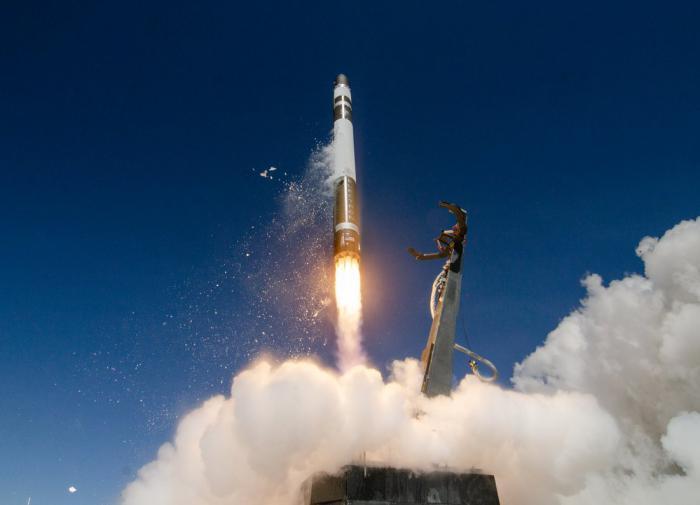 К 2025 году Китай создаст ракеты с искусственным интеллектом