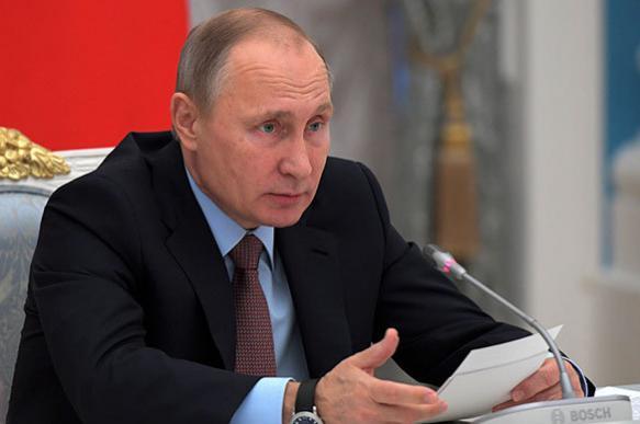 Путин: ротация среди губернаторов - естественный процесс