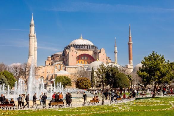 Элладская церковь: Святую Софию нельзя превращать в мечеть