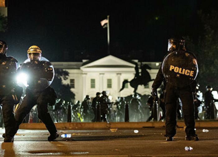Америка разваливается