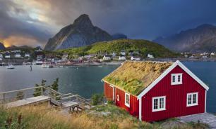 Жители норвежского острова решили отказаться от времени на период полярного дня
