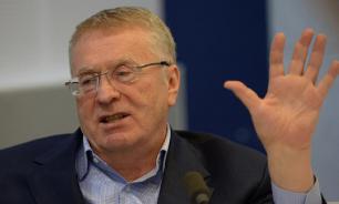 """Жириновский не считает слово """"холоп"""" оскорбительным"""