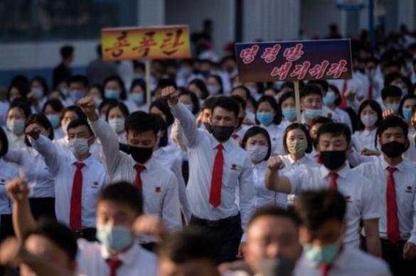 Северная Корея приостанавливает все коммуникации с Южной