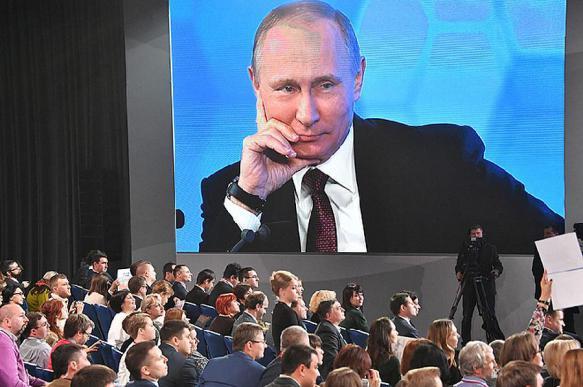 Путин: Конституцию можно скорректировать, но не нужно