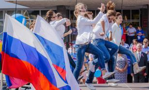 Власти Абхазии и Армении поздравили Путина с Днем России