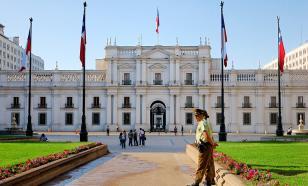 Неизвестный сообщил о бомбе в президентском дворце Чили