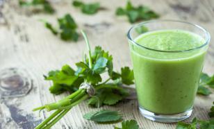Кефир с зеленью - панацея для кишечника