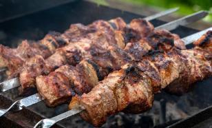 Приготовленная на дыму порция мяса равна 50 выкуренным сигаретам