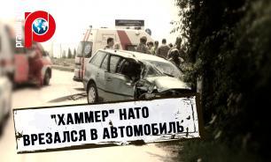 В Литве Hummer НАТО врезался в машину с четырьмя девушками