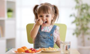 Диетолог назвала необходимые продукты в рационе ребенка