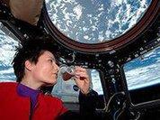Американские астронавты остались без скафандров из-за крушения Falcon 9