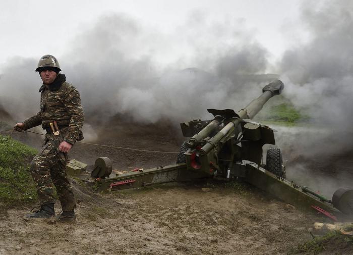 Армения подтянула дополнительные войска к границе с Азербайджаном