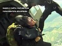 Президент Австрии в 73 года прыгнул с парашютом.