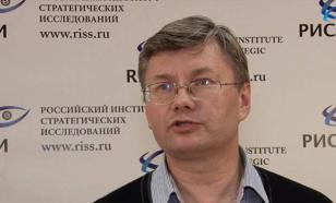 """Мнение: хотят США деньги тратить на """"сдерживание России"""" - пусть тратят"""
