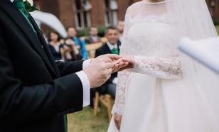 Депутаты заставят молодоженов жениться по расчету?