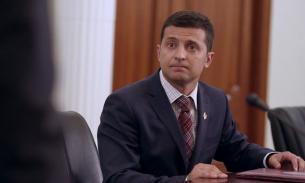 Зеленский сообщил об аферистах, которые действуют от его имени