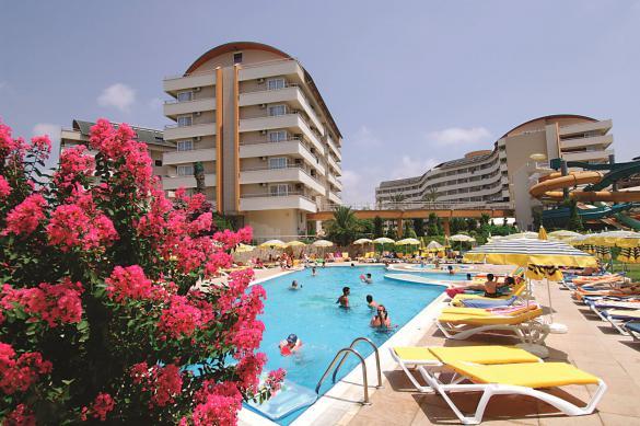 Известные сетевые отели уже начали работать в Турции
