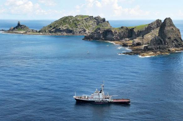 Китайские полицейские катера вошли в японские воды