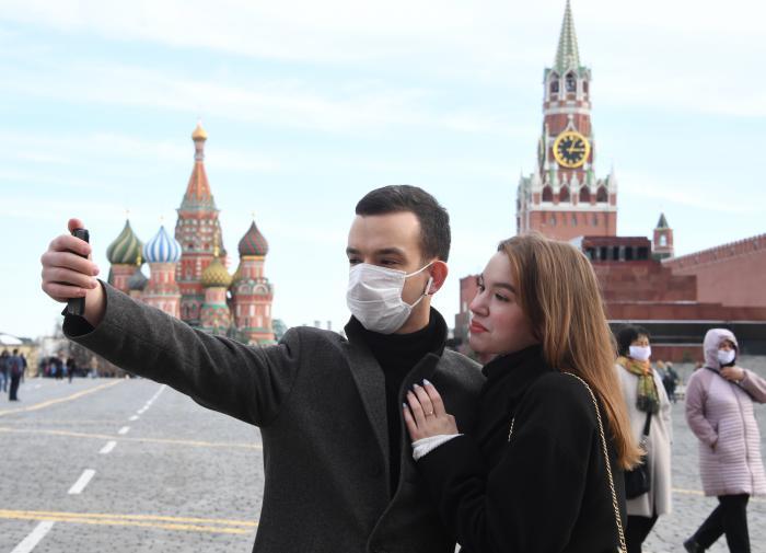 Более 46 тысяч москвичей оштрафовали за отсутствие масок и перчаток