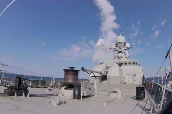 "Фрегат ""Адмирал Эссен"" уничтожил корабли условного противника"