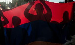 Греция служит Штатам и Евросоюзу, но очень хочет работать с Россией