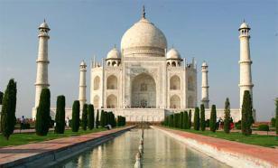 В память о жене индиец построил копию Тадж-Махала
