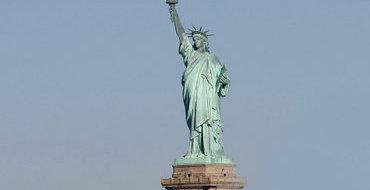 Евроопрос: Большинство американцев и европейцев считают, что Вторую мировую выиграли США