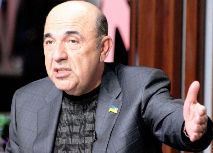 """Зеленскому хотят объявить импичмент за """"издевательства над страной"""""""