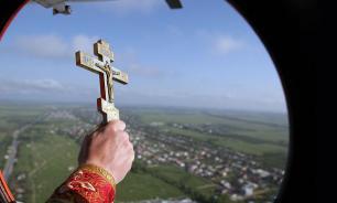 Священники окропили Тверь святой водой ради борьбы с пьянством