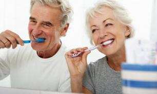 Спасет ли чистка зубов от болезни Альцгеймера
