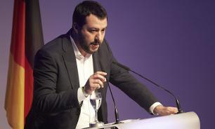 Глава МВД Италии назвал себя главной целью ультраправых