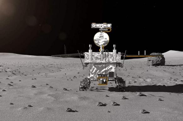 Китайский луноход обнаружил на обратной стороне Луны редкие породы мантии