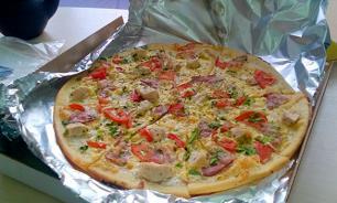 В Германии адвокату без остановки доставляют пиццу, суши и колбаски