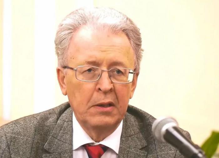 Катасонов высказался о повышении ключевой ставки словами из басни Крылова