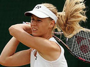 Дементьева обыграла Сафину на турнире в Сиднее