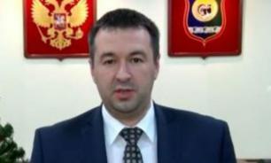 Замглавы Нягани добровольно покинул свой пост после обнаружения борделя в его квартире