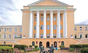 Подозреваемого во взятках ректора ВГТУ оставили под арестом