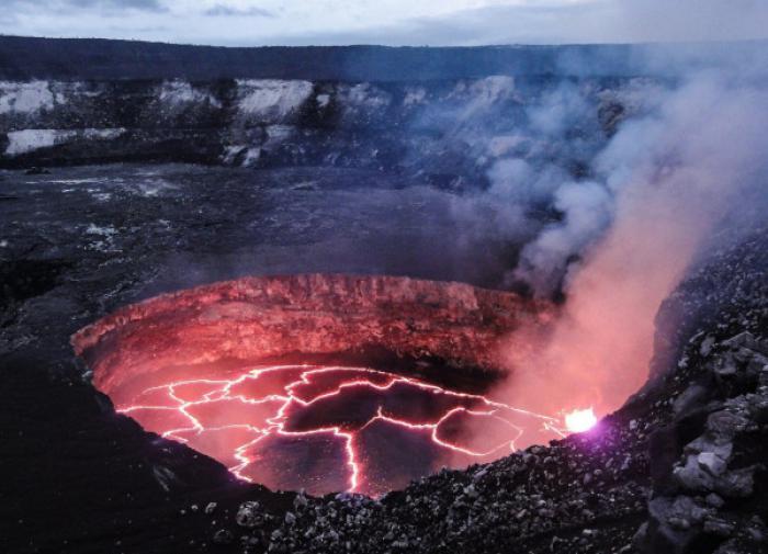 В Германии проснулся древний вулкан Айфель