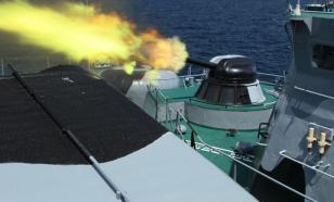 "Флот РФ ""боевым огнём"" отогнал корабли НАТО от Крыма"