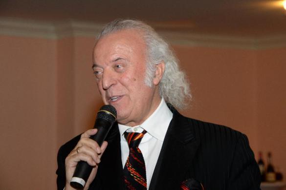 Поэт Резник считает, что детские сады задолжали ему 180 млн рублей