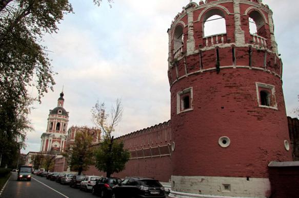 Восемь башен и 14 прясел стены Донского монастыря восстановят