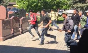 Бойня на Хованском кладбище: Сотни раненых, есть убитые