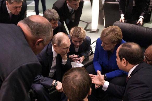 Участники конференции по Ливии подписали совместный документ