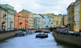 Отели Москвы и Петербурга теряют более 1 млрд рублей в день