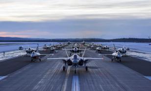 """ВВС США отработали """"прогулку слонов"""" на Аляске, поближе к России"""