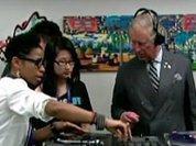 Принц Чарльз зажег за диджейским пультом